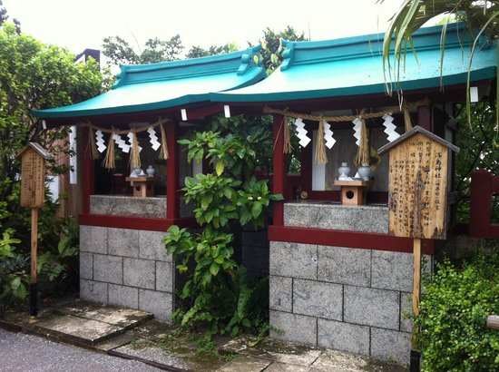 Naminoue-gu Shrine : 位於旁邊的小神社
