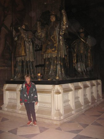 Catedral de Sevilla: monumento a Cristoforo Colombo