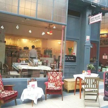 Just Grand! Vintage Tearoom: Relax, enjoy a Yorkshire brew whilst watching the world go by..