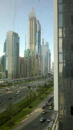 Millennium Plaza Hotel Dubai : vistas desde el comedor 3
