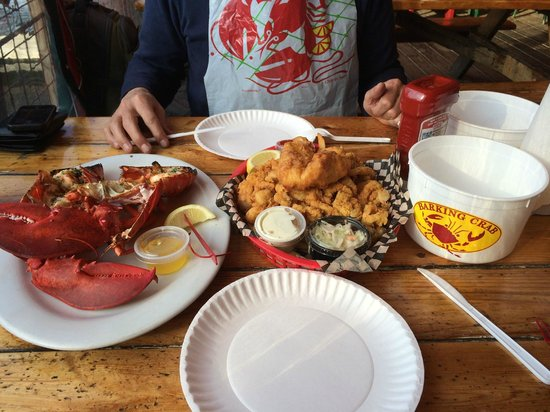 Barking Crab : before we started. Note the plastic bib