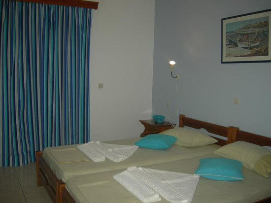 Markouli Studios: Bed-room Markouli-Studios
