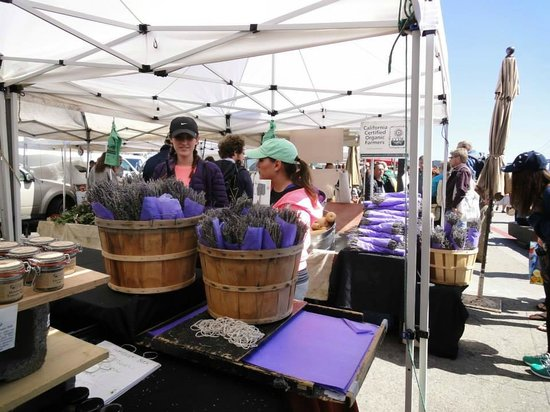 Ferry Building Marketplace: Farmer's Market - only on weekends