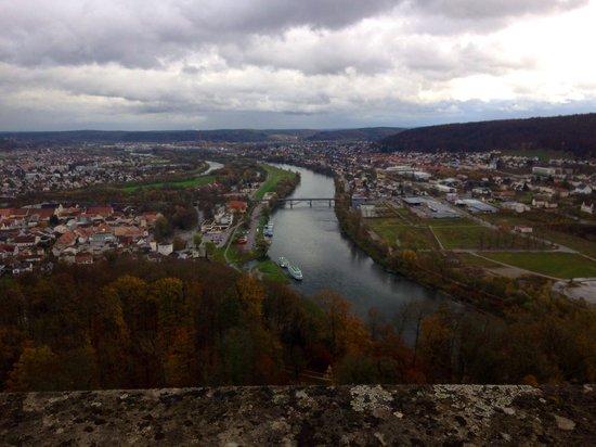 Befreiungshalle Kelheim: Blick von der Befreiungshalle ! November 2013
