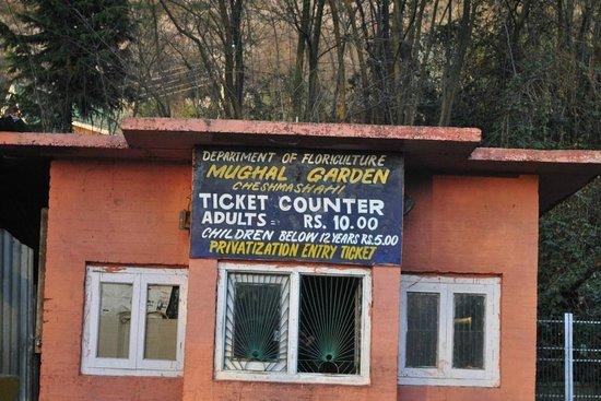 Chashme Shahi Gardens : Ticket counter