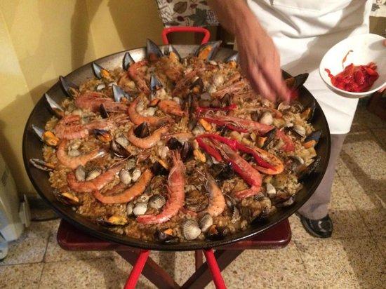 Clases privadas de paella con Marta: Paella at its best
