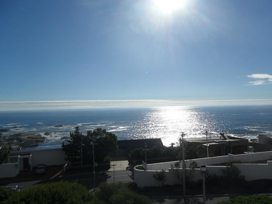 3 On Camps Bay Boutique Hotel: Stunning view over Camps Bay