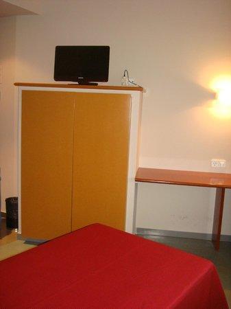 Residencia d'Investigadors: Room