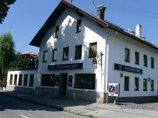 Iffeldorf, Allemagne : Staltacher Hof  Restaurant - Pension