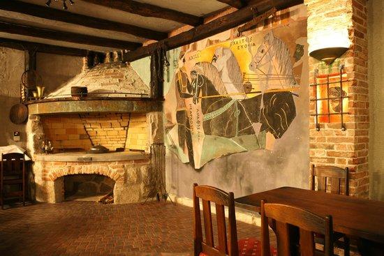 Bluesun Hotel Elaphusa: Vallum tavern