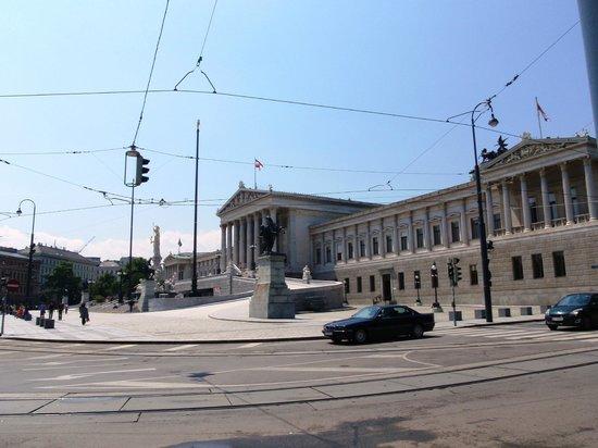 Ringstrasse : Parlament