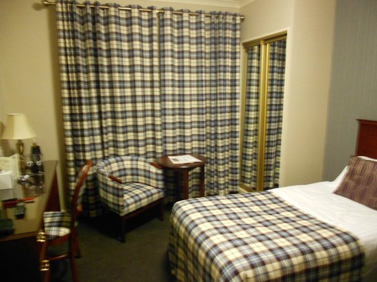 Alexandra Hotel: Standard twin room at Alexandra