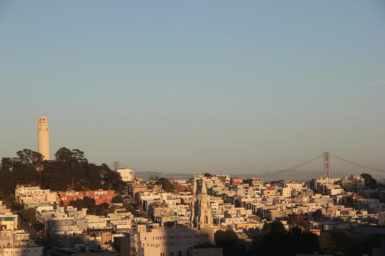 Travelodge by the Bay: View from Lombard Street