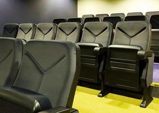 Nightel Hotel: Cinema