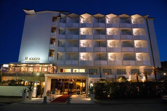 루즈 호텔 인터내셔널