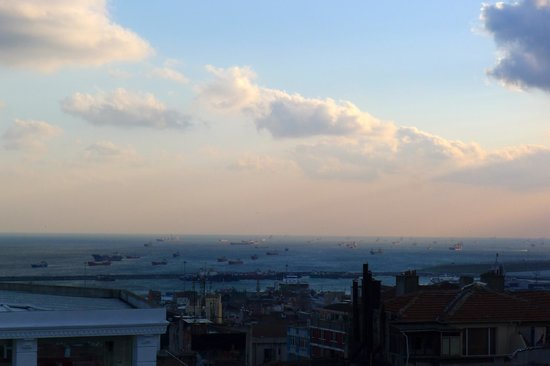 Hotel Niles Istanbul: View from Terrace