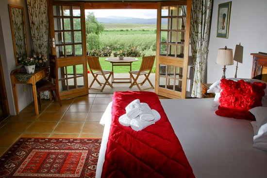 De Denne Country Guest House: View from a bedroom