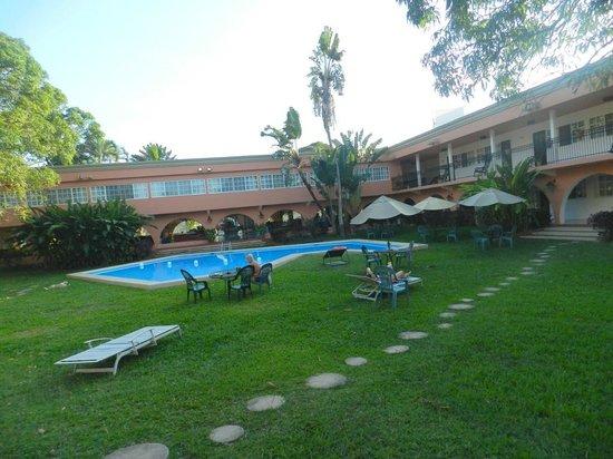 Hotel Chichen Itza: Poolbereich