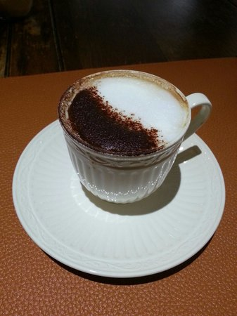 Il Bacaro: Enjoyed the Tiramisu and Cappuccino. Will be back.