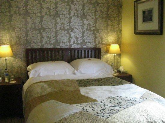 Sunnybank Boutique Guesthouse: Garden View Room