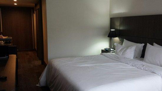 Slaviero Conceptual Palace Hotel Curitiba: Quarto 809. Excelente.