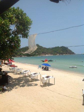 Buri Rasa Koh Phangan: Beach Dining