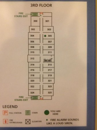 Hampton Inn Fayetteville: Floor plan. Even number rooms are in front, odd numbers in the back.