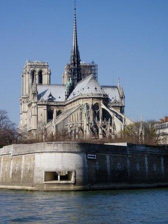 Hotel de l'Arcade: Notre-Dame von der Seine gesehen