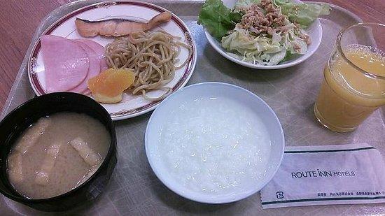 Hotel Route Inn Tokyo Asagaya: バイキング