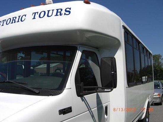 Historic Tours of Newport: Historic Bus Tours- Newport