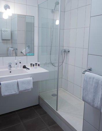 Mercure Bords de Loire Saumur : salle de bain
