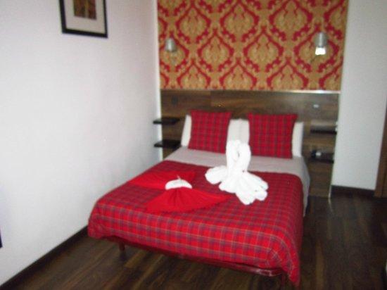 Hostal Go Inn Madrid : Cama