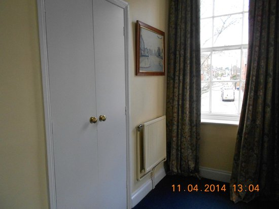The Bell At Saxu0027: Our U0027hiddenu0027 Bathroom