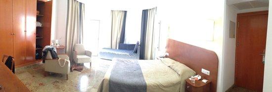 Hotel Armadams : Bright double room!