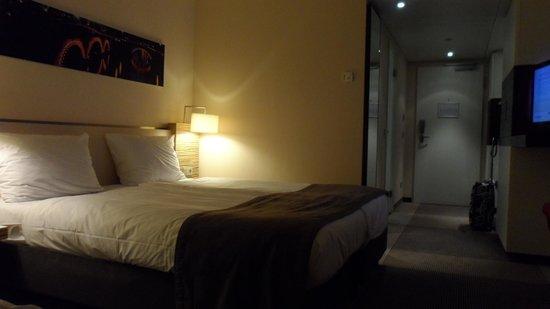 Mövenpick Hotel Amsterdam City Centre : Bedroom