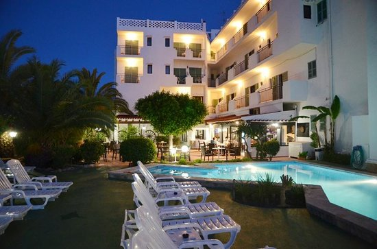 Photo of Azuline Hotel Galfi Sant Antoni de Portmany