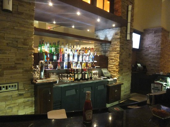 Embassy Suites by Hilton Philadelphia-Valley Forge : Bar
