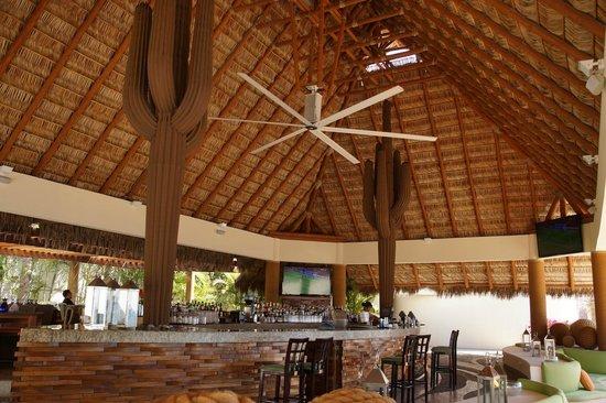 CostaBaja Resort & Spa : Bar