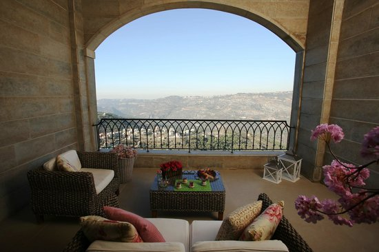 Bhamdoun, Líbano: Executive Suite Balcony