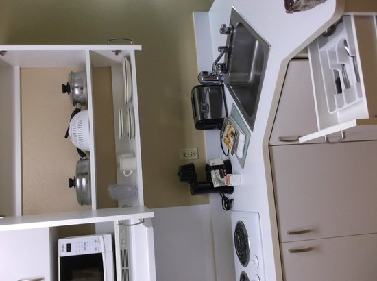 Extended Stay America - Stockton - March Lane: Fully stocked kitchen