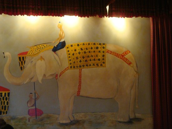 Star of Siam: Decoração - Painel Elefante