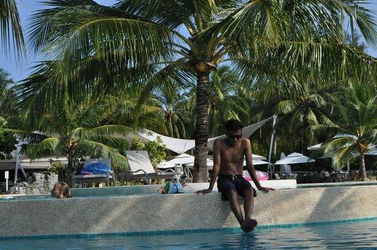 Holiday Inn Resort Kandooma Maldives: Splash2