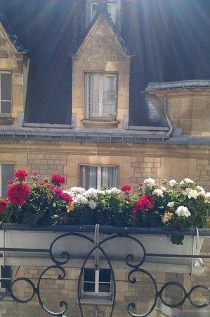 Hotel Parc St. Severin - Esprit de France: Vue de la chambre