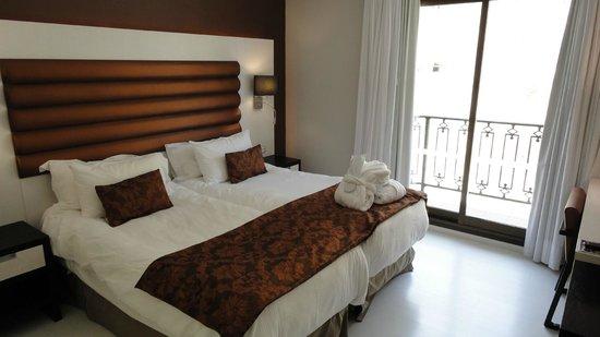 Hôtel Spa Princesa Parc : Bedroom