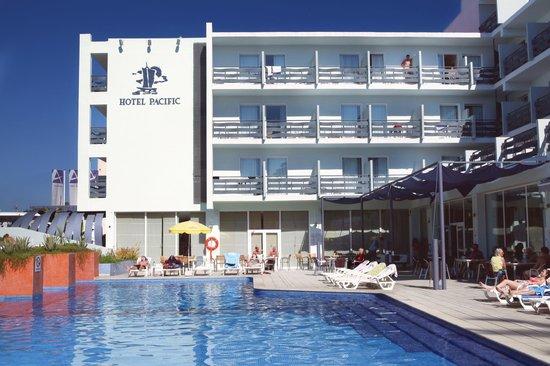 azuLine Hotel Pacific: Piscina
