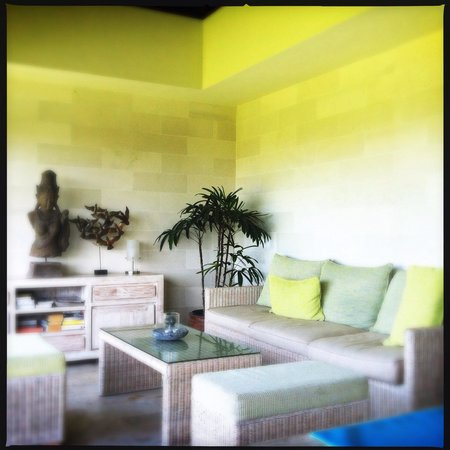 Homestay Bali Starling: Communal seating area