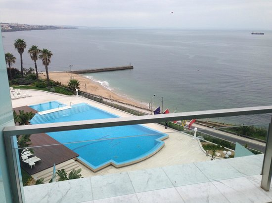 Hotel Cascais Miragem : View from my room