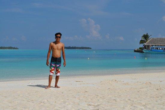 Holiday Inn Resort Kandooma Maldives: :)