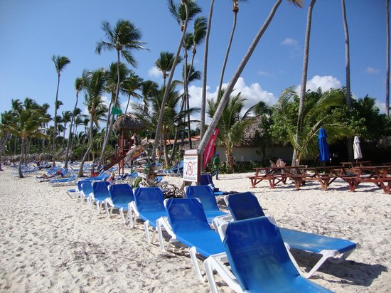 Natura Park Beach - EcoResort & Spa : Always all kinds of chairs available
