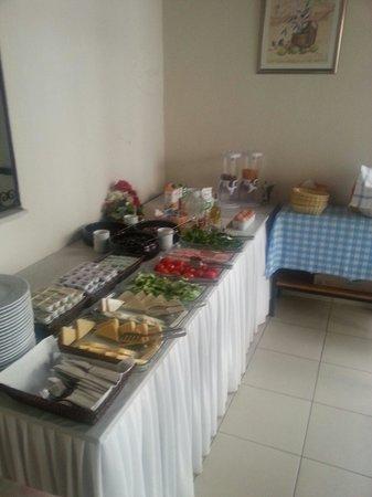 Melis Pansiyon: Breakfast hall